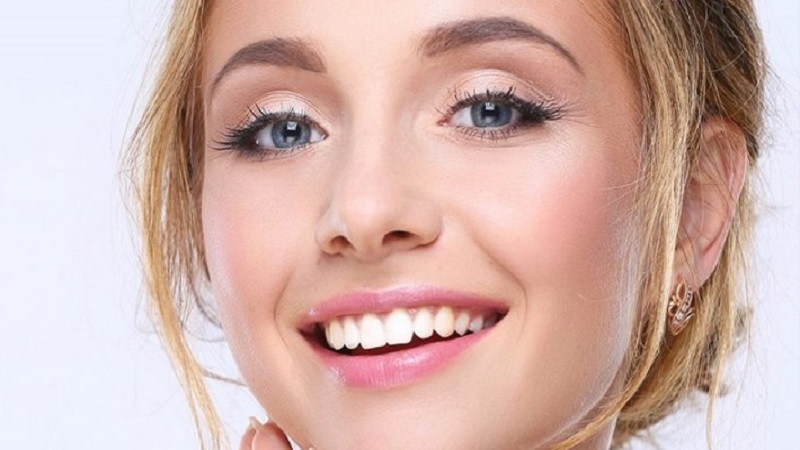 بهترین دندانپزشک اصفهان | درمان خط خنده