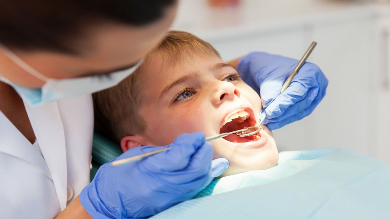 بهترین دندانپزشک اصفهان  ترمیم دندان شیری کودکان